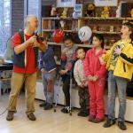 A gyerekek énekelnek